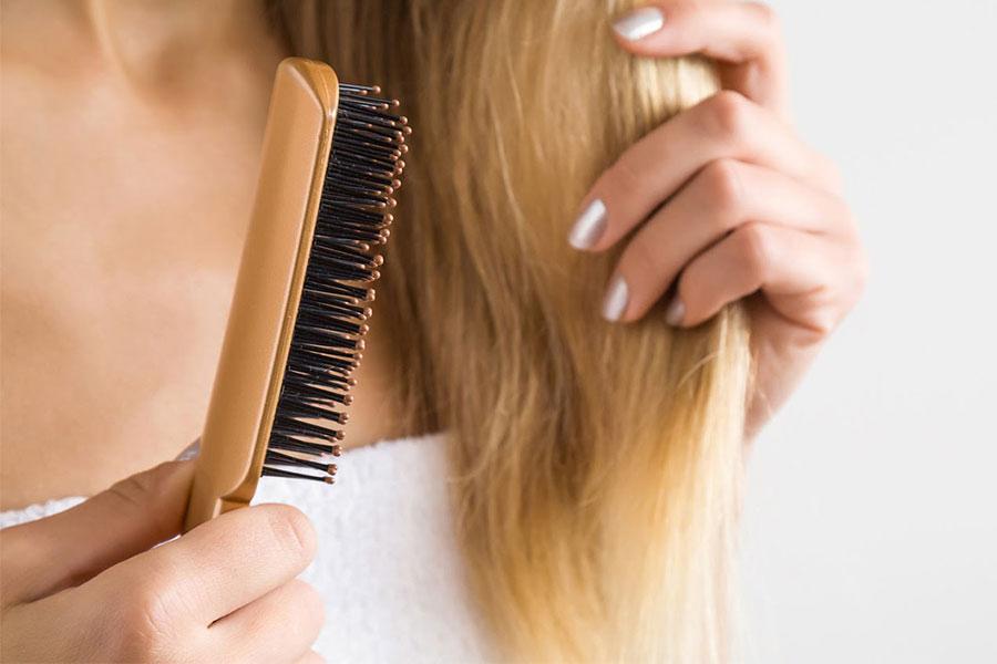 Chỉ chải tóc khô