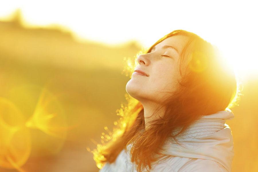 Ánh Sáng Mặt Trời Là Nguyên Nhân Chính Gây Lão Hóa