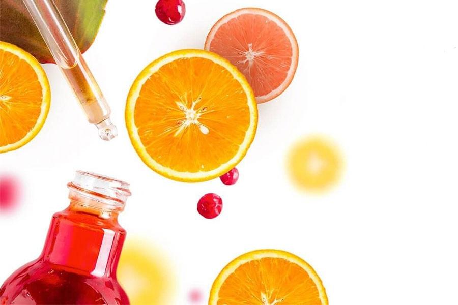 Các chế phẩm vitamin C trong việc chăm sóc làn da